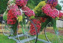 Flowering Garden Art / by Marjorie Pepmeier