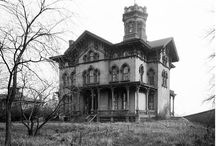Old Homes / by Cynthia Lawson