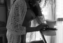 Breakfast and reflections glamour in the kitchen / book varese, fotografo glamour, foto book