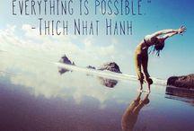 Pensées Positives / Petits mots et citations célébrant une pensée positive et un esprit optimiste
