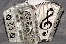 All kinds of accordeons and players / I love all kinds of accordeons....