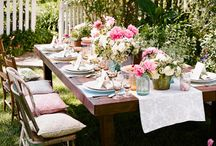 outdoor dining / by Charlotte Roberts
