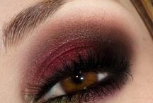 Fashion - Makeup / by Diana Villabon-Perez