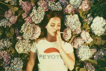 Lana Del Rey :3
