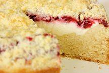 Cakes / by Joyce Champion