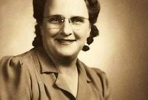 Hall Surname - Genealogy / Researching our Hall families from Michigan Descendants or ancestors of Milton Endicott Hall born May 07, 1827 in Michigan and passed away August 04, 1913 in Michigan. Facebook page for talking about our ancestors - https://www.facebook.com/debby.dorscher.anderson -   Website for information on the research done - http://kaufmanngenealogy.com / by Debby Anderson