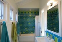 Bathroom Tiling / Great tiling ideas to inspire your next bathroom remodel. For help remodeling your bathroom, check out http://www.bathroomremodel.com/