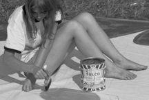 Festival Woodstock / 1969 yılında gerçekleşmiş efsanevi organizasyonun fotoğraflarına baktıkça, o dönemlere geri dönmek istiyor insan. Düşünsenize, sahnede Jimi Hendrix, Janis Joplin, Joan Baez, Santana, Joe Cocker, The Who gibi isimler var. Line up rüya gibi olunca, festival fotoğrafları da çılgın oluyor tabi. ♥♥♥ Life is an extraordinary adventure. You can not participate with ordinary fixtures to an extraordinary adventure.@aliözeren