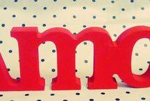 Palavras em MDF/Madeira / Diversas palavras e letras em madeira/MDF  Solicite orçamento para palavras ou frases. compotaderenda@gmail.com  www.compotaderenda.iluria.com