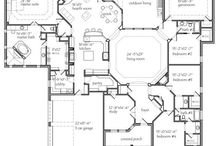 floor plans / ideas for building a house / by Lacy Vaughn