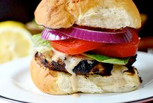 Big Bun, Big Taste / If you love hamburgers, you've come to the right place! Check out our products and use the recipes you find below! http://klostermanbakery.com/products/buns.php
