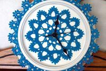 Crochet wall clocks