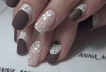 Thiết kế móng tay