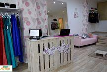Equipamiento Comercial / Decoración y complementos con palets para locales comerciales.