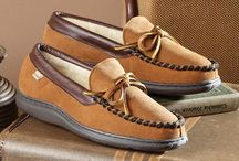 House Slippers for Men / Comfortable House Slippers that we highly recommend