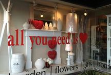 Salon valentines window