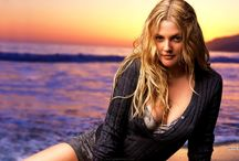 CELEBRITY ● DREW BARRYMORE