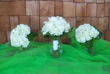 white bouquets from Cleveland Florist / NaturalsWhite