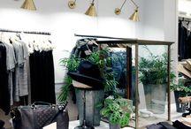 Club Monaco store styling