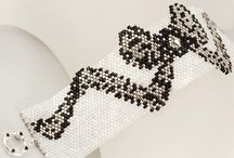 Beading: weave Bows