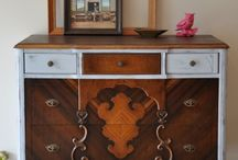 Jacobean: my fav / Awesomest style of furniture! / by Minnie Hunt