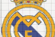 escudos d fútbol en punto de cruz