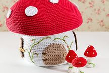 Cute crochet / I have tried to only pin patterns that, whether free or at a cost, are able to be sold by the crafter.