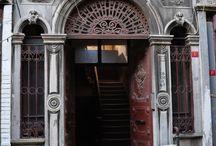 Eski Ahşap Evler & Kapılar..