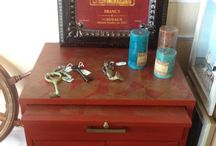 Chalk Paint® Emperor's Silk / Furniture and items painted with Chalk Paint® in color Emperor's silk.