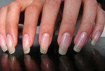 Pleje af hud og negle
