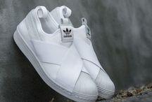 Обувь / Хорошая обувь - это один из залогов отличной прогулки.