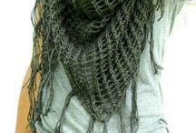knitting / by Stacy Cruz