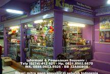SOUVENIR dan PELUANG USAHA / Memproduksi dan menjual aneka souvenir : pernikahan, ultah, kelahiran buah hati, wisuda, khitanan dll  Ingin Order dan Bisnis Souvenir, hubungi : King Souvenir & Handicraft XT Square, Jl. Veteran No. 1 Blok C Lantai 1 No. 75 - 78 Yogyakarta - Indonesia 55162 Hp. 0821.8502.8870 - 0877.3874.5544 WA. 0888.0603.8926 - Pin BB 32A8EB08