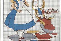 Haft krzyżykowy - Alicja w krainie czarów