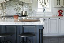 Kitchens / by Raquel DeMaio
