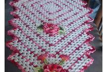 Trilho de mesa / Croche