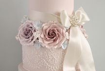 wonderful wedding cakes / We love a good wedding cake. If you're looking for some inspiration, you're in the right place!