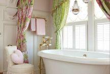 BATHROOM (μπάνιο)
