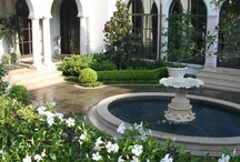 Garden Water Features / #water #features #fountains #pools / by Alicia Stavropoulos