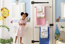 Kids Bathroom Themes / Some of my favorite theme and decor ideas for kids bathrooms.