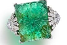 Emerald Engagement Rings / Emerald Engagement Ring ideas and inspiration
