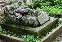 Amazing Graves / Some of the most amazing and/or outlandish graves ....