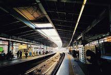 年末っぽさが街にも出てきました。 People look busy what prepare for the end of the year. #station #snapshot #fineday #afternoon #街の風景 #小田急線写真