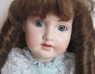 Vintage & antique dolls / They don't make dolls like they used to. This board shares the memories and pictures of the good ol' days when dolls were made with passion and quality.