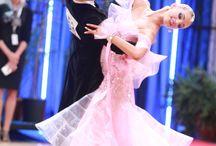 Танцевальные платья