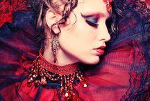 Naamiaiset ja maskeeraus / Costumes, masks, make-ups and masquerades.