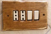 Impianto elettrico / placche in legno per ambienti rustici