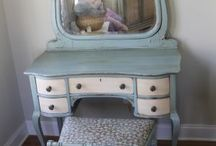 Shabby Chic / by Candy Poole