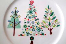 Loza navideña pintada a mano