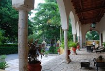 Hacienda-style Inspired Home Decor / Find various inspirations for decorating your home in a Mexican Spanish colonial style.